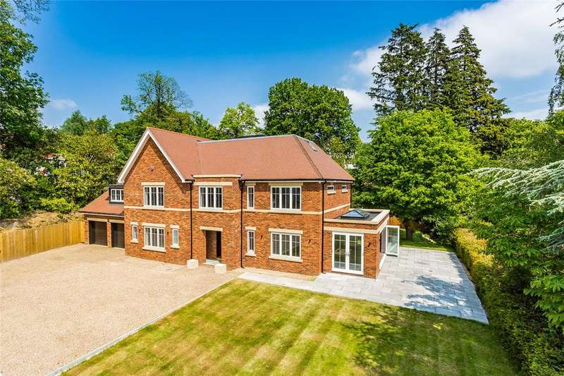 5 Bedrooms Detached House for sale in Icehouse Wood, Oxted, Surrey, RH8