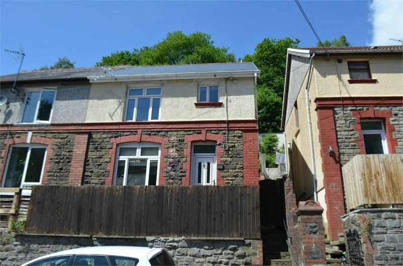 3 Bedrooms Semi Detached House for sale in Gwyddon Road, Abercarn, Newport, NP11