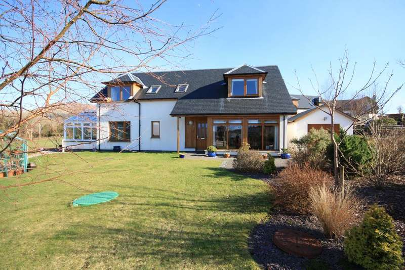 4 Bedrooms Detached House for sale in 6 Brochroy Croft, Taynuilt, PA35
