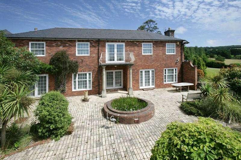 5 Bedrooms Detached House for sale in The Coach House, Lindridge Park, Bishopsteignton, Devon