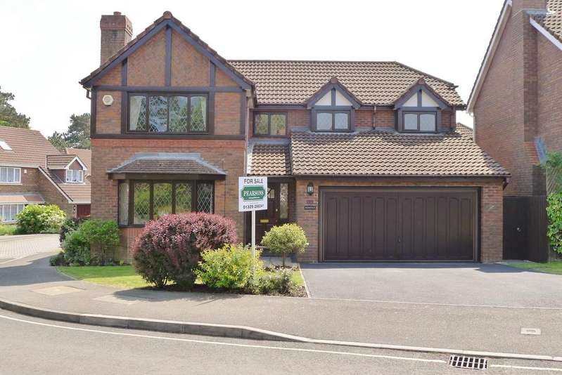 4 Bedrooms Detached House for sale in WILLIAM PRICE GARDENS, FAREHAM