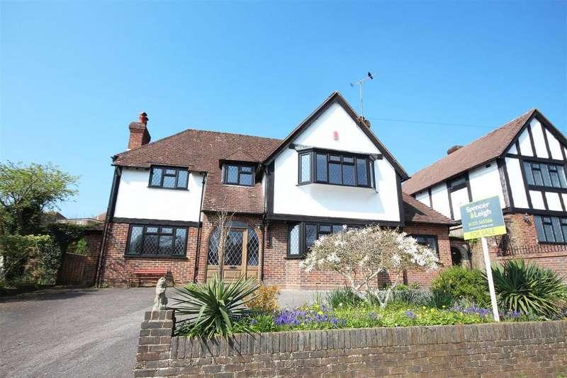 4 Bedrooms Detached House for sale in Brangwyn Way, Brangwyn, Brighton