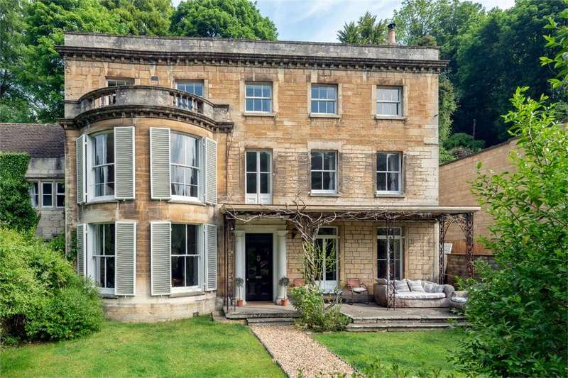 4 Bedrooms Detached House for sale in St Marys, Chalford, Stroud, Gloucestershire