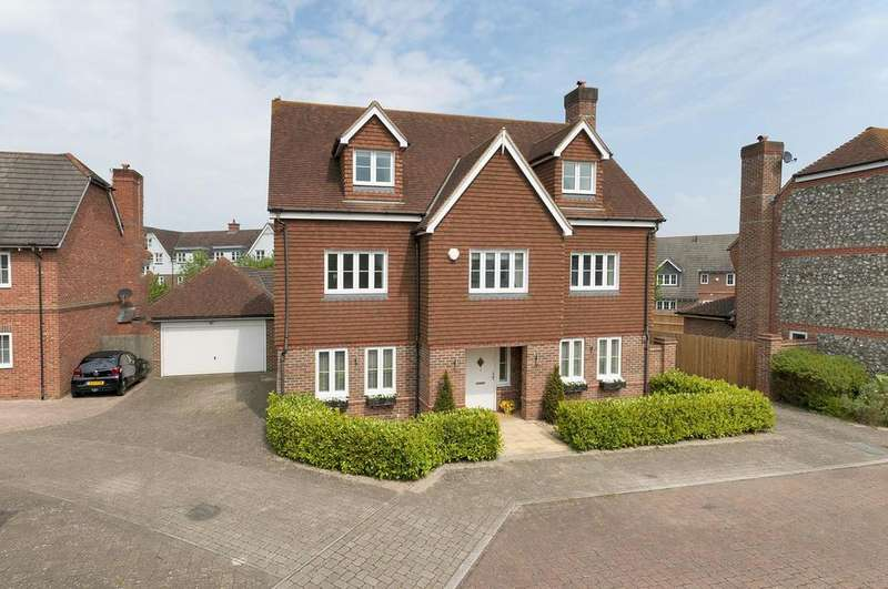 5 Bedrooms Detached House for sale in Charlotte Drive, Kings Hill, ME19 4GU