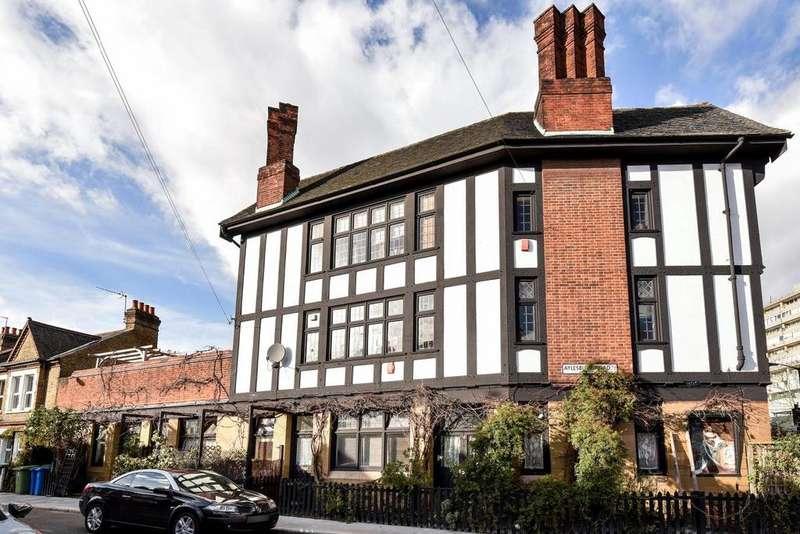 3 Bedrooms Flat for sale in Aylesbury Road, Walworth
