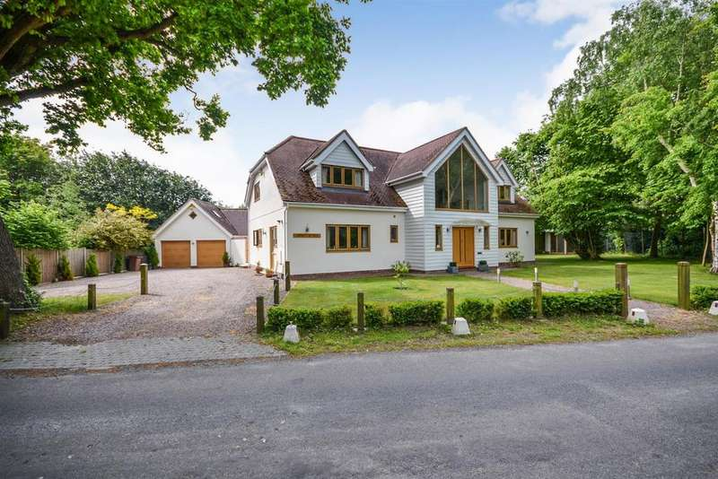 4 Bedrooms Detached House for sale in Cherry Garden Lane, Danbury