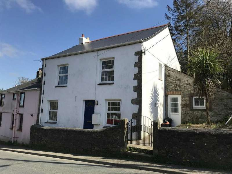 2 Bedrooms End Of Terrace House for sale in Middleway, St Blazey, PAR, Cornwall