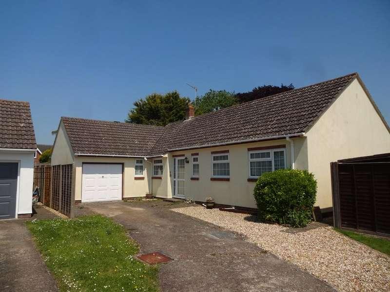 3 Bedrooms Detached Bungalow for sale in Collingwood Close, Pimperne DT11