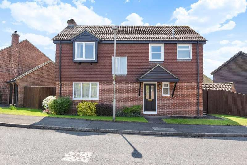 4 Bedrooms Detached House for sale in Chosley Road, Thatcham, RG19