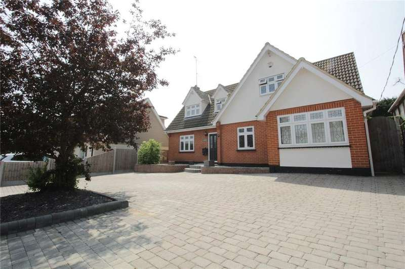 5 Bedrooms Detached House for sale in New Avenue, Langdon Hills, Essex, SS16