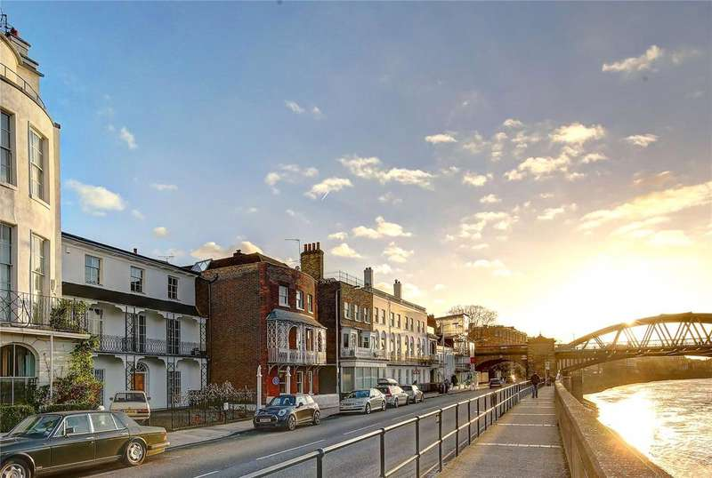 3 Bedrooms House for sale in The Terrace, Barnes, SW13