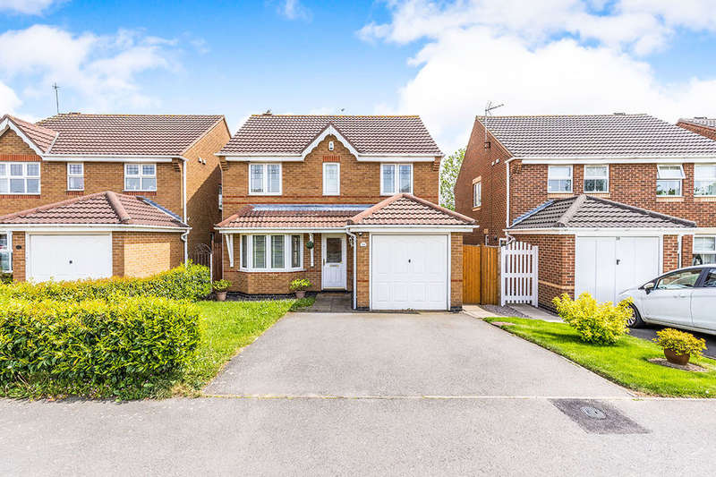 3 Bedrooms Detached House for sale in The Oval, Coalville, LE67