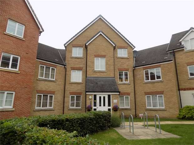 2 Bedrooms Flat for sale in Monarch Way, Leighton Buzzard, Bedfordshire