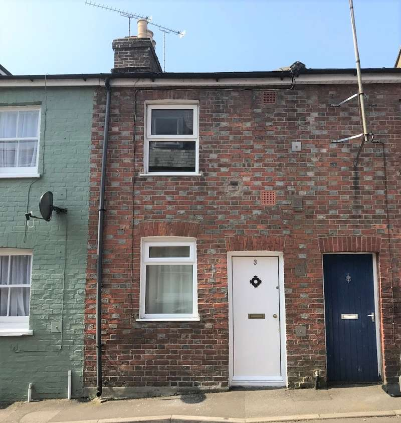 2 Bedrooms Terraced House for sale in Blandford Town Centre