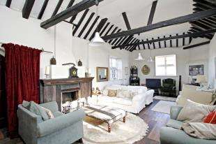 3 Bedrooms Detached House for sale in The Street, Bramber, Steyning, West Sussex