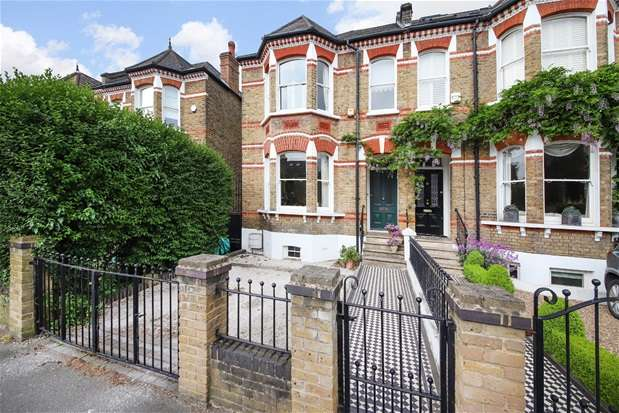 4 Bedrooms Semi Detached House for sale in Dalmore Road, Dulwich