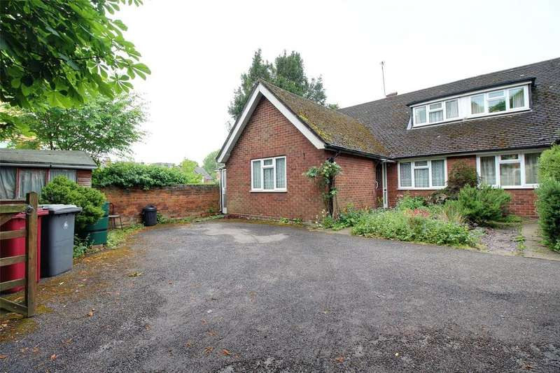 3 Bedrooms Semi Detached Bungalow for sale in Cholmeley Road, Reading, Berkshire, RG1