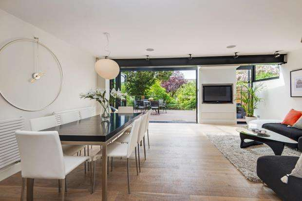 5 Bedrooms End Of Terrace House for sale in North Grove, Highgate Village, London, N6