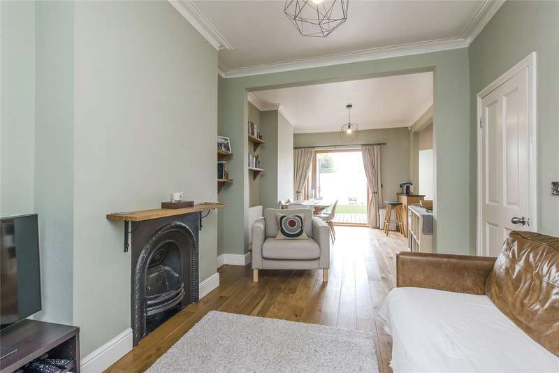 3 Bedrooms Terraced House for sale in Wandle Bank, Wimbledon, London, SW19