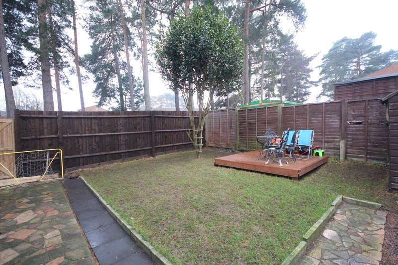 3 Bedrooms Semi Detached House for sale in Helmsdale, Bracknell