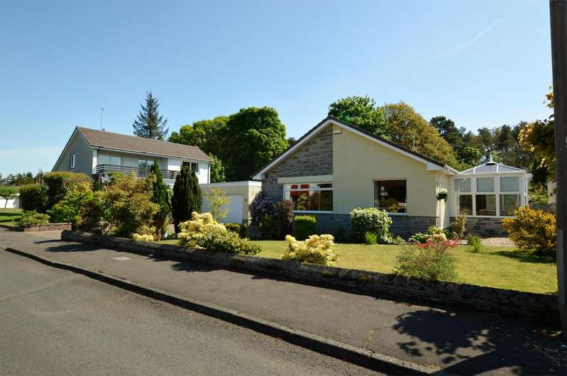 3 Bedrooms Detached Bungalow for sale in 14 Balcomie Crescent, TROON, KA10 7AR