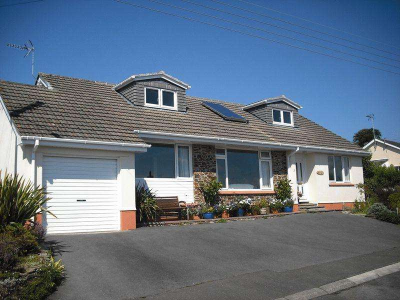 5 Bedrooms Detached Bungalow for sale in Trevear Close, St. Austell