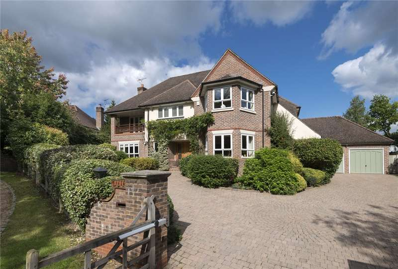 5 Bedrooms Detached House for sale in Stewarts Drive, Farnham Common, Buckinghamshire, SL2