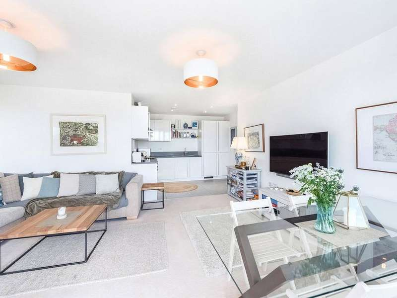 2 Bedrooms Apartment Flat for sale in Central Avenue, Fulham Riverside, SW6
