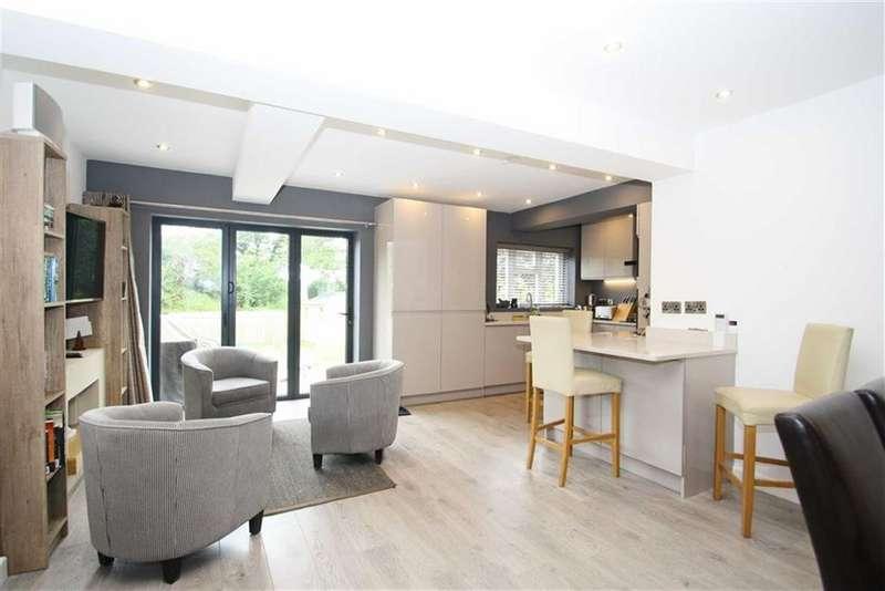 3 Bedrooms Semi Detached House for sale in Fairbourne Avenue, Alderley Edge