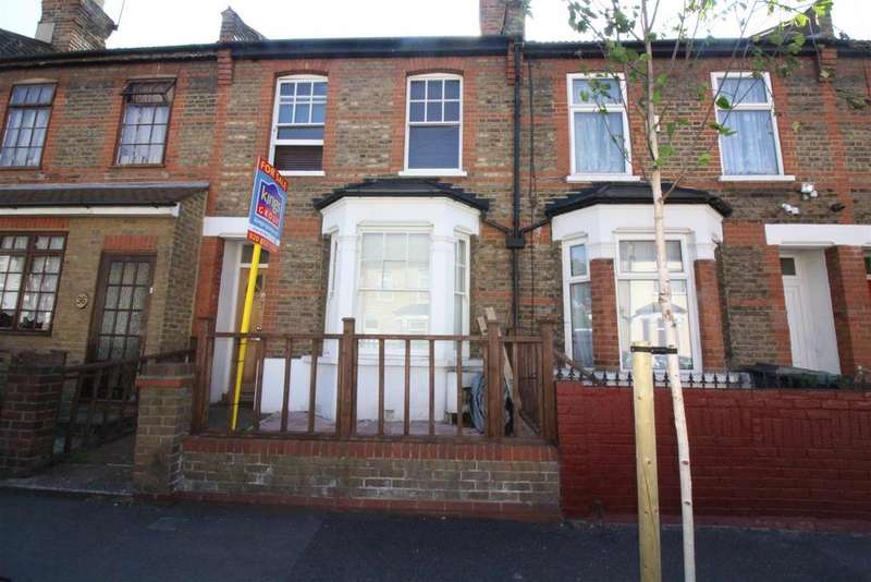 3 Bedrooms Terraced House for sale in Century Road, Walthamstow, London