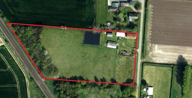 3 Bedrooms Detached House for sale in North Kelsey Moor, Lincolnshire