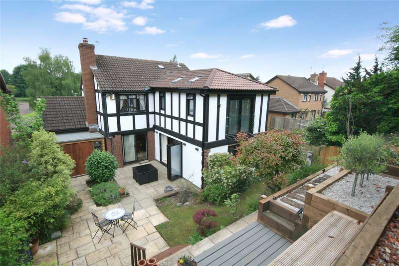 3 Bedrooms Detached House for sale in Willowherb Close Prestbury Cheltenham GL52