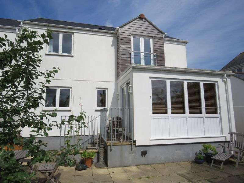 3 Bedrooms Property for sale in Bodmin Road, Truro