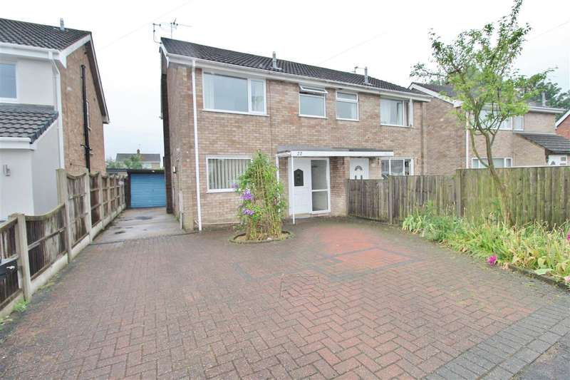 3 Bedrooms Semi Detached House for sale in Northcliffe Road, Grantham