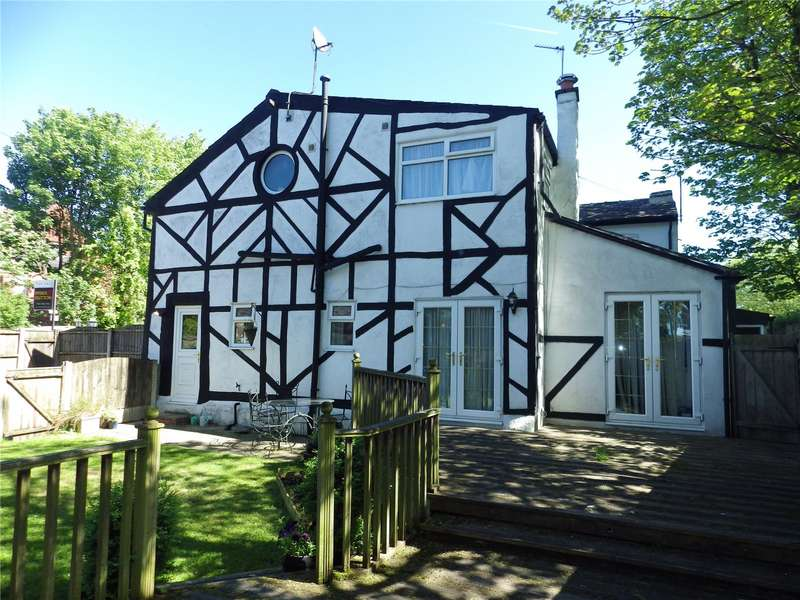 4 Bedrooms End Of Terrace House for sale in Crowhill Cottages, Taunton Road, Ashton-under-Lyne, Greater Manchester, OL7