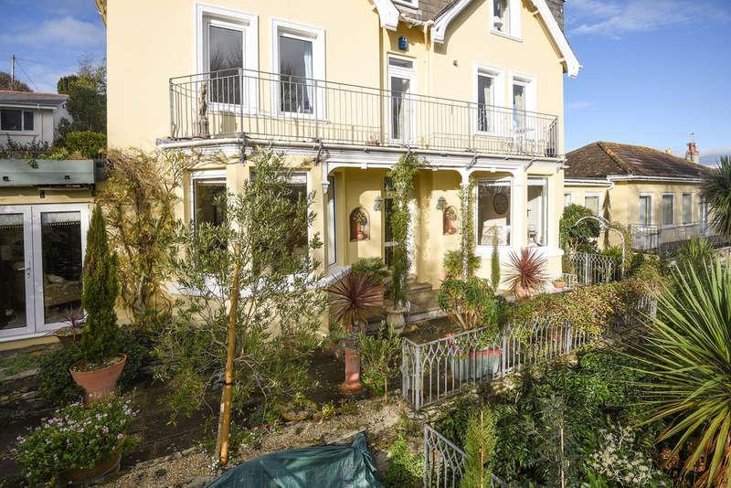 4 Bedrooms Maisonette Flat for sale in Melbury, Devon Road