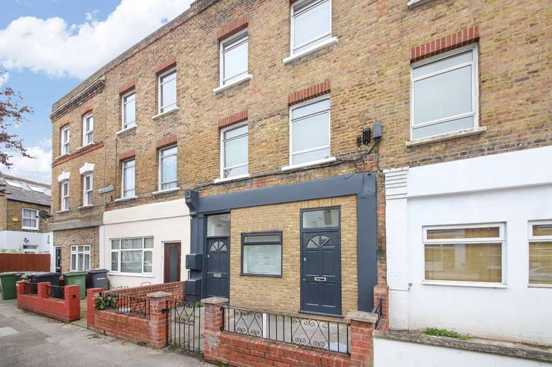 1 Bedroom Ground Flat for sale in Bovill Road, Honor Oak, London