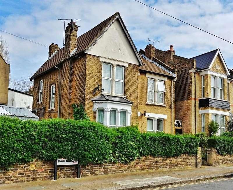 3 Bedrooms Maisonette Flat for sale in Baker Road, London
