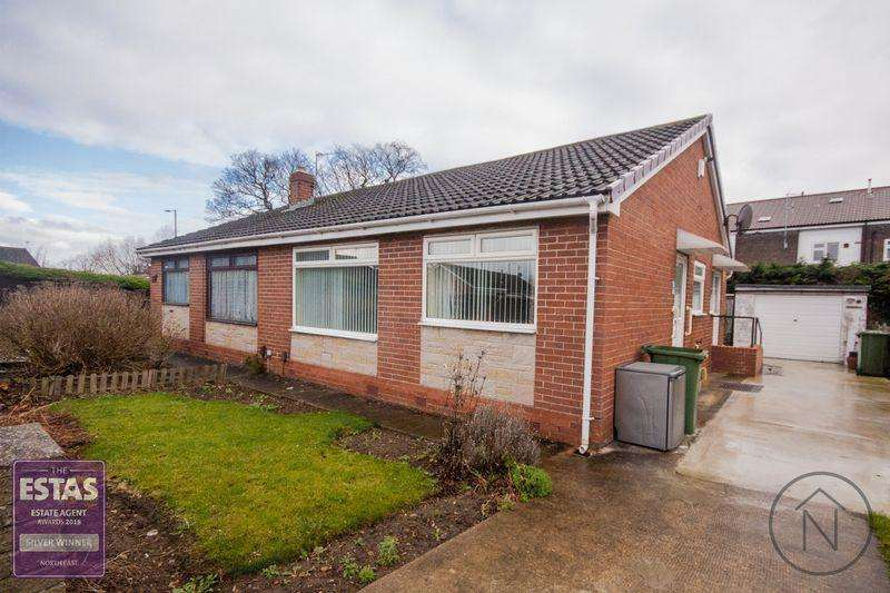 2 Bedrooms Semi Detached Bungalow for sale in Carlton Avenue, Billingham