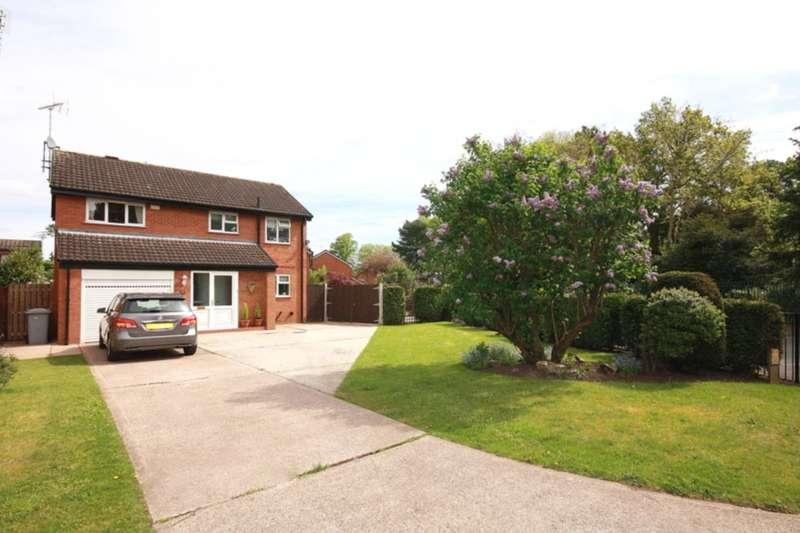 4 Bedrooms Detached House for sale in Queens Park Gardens, Crewe, CW2