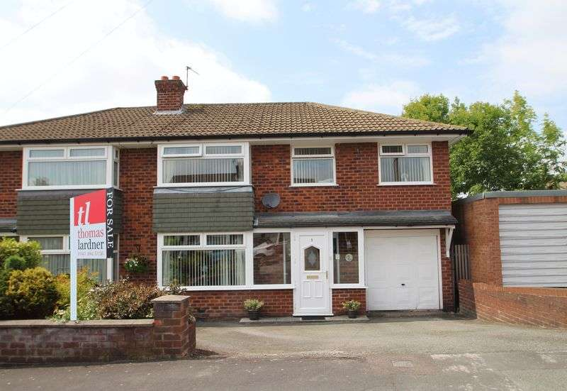 4 Bedrooms Property for sale in Westover Romiley, Stockport