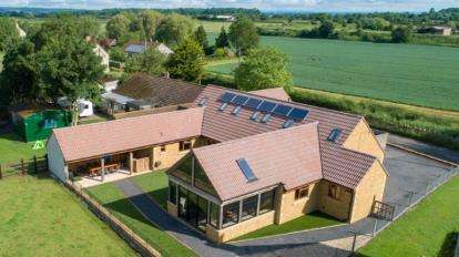5 Bedrooms Bungalow for sale in Yeovil, Somerset, Uk