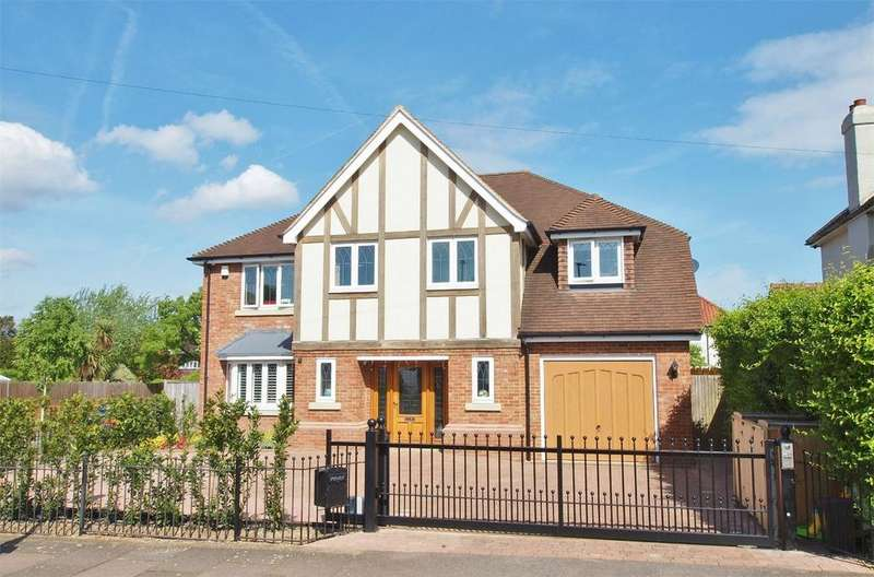 5 Bedrooms Detached House for sale in Brabourne Rise, Park Langley, Beckenham