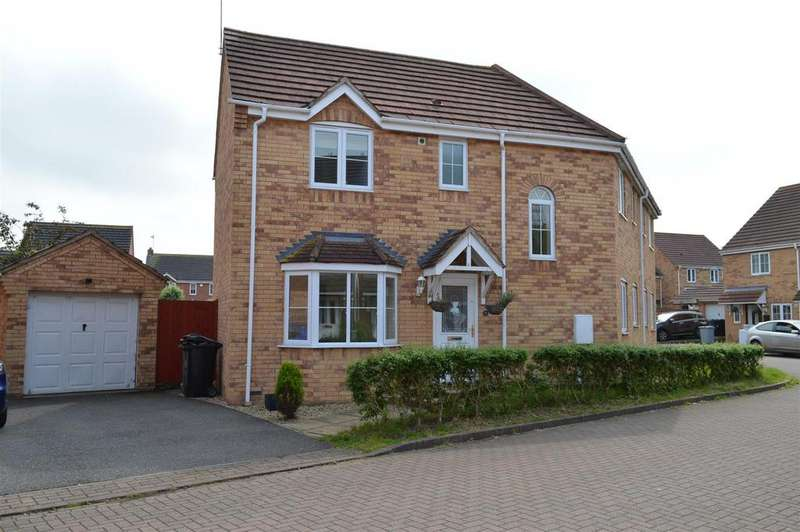 4 Bedrooms Semi Detached House for sale in Minerva Close, Ancaster, Grantham