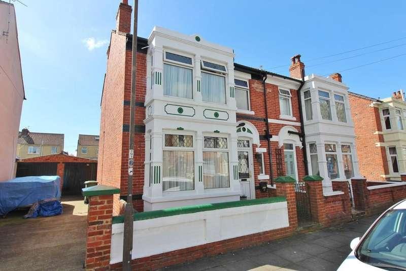 3 Bedrooms Semi Detached House for sale in Torrington Road, Hilsea