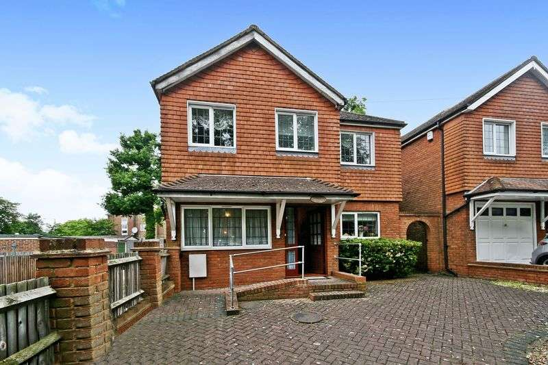 5 Bedrooms Property for sale in Sudbury Hill Close, Wembley