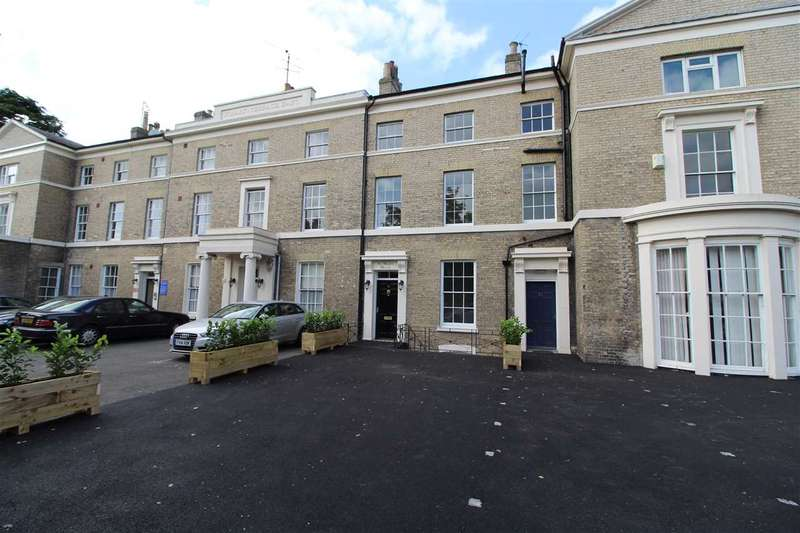 4 Bedrooms Town House for sale in Lexden Road, Colchester