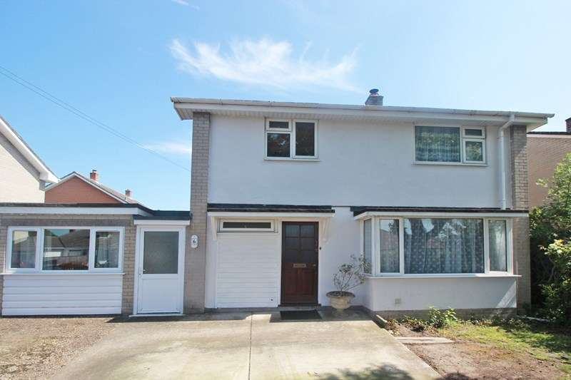 3 Bedrooms Detached House for sale in Stroud Lane, Mudeford, Christchurch