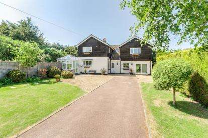 4 Bedrooms Detached House for sale in Addingtons Road, Great Barford, Bedford, Bedfordshire