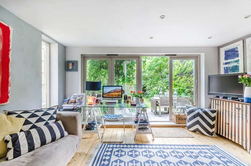 3 Bedrooms Flat for sale in Devonshire Road, Forest Hill, SE23